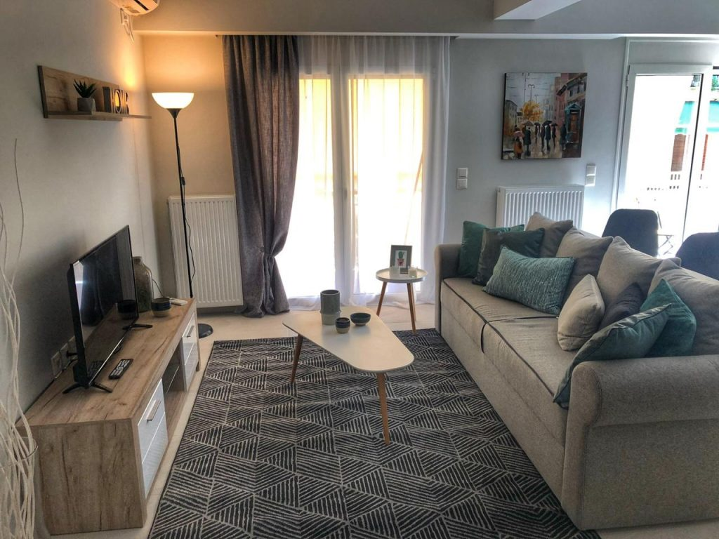 3 Bedroom Apartment in Piraeus