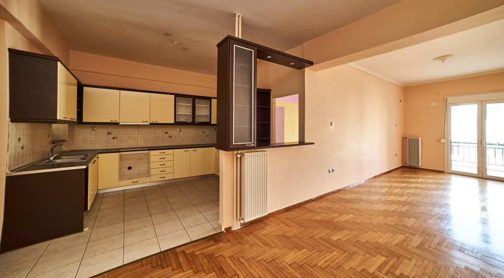 2 Bedroom Apartment in Agios Loucas Athens
