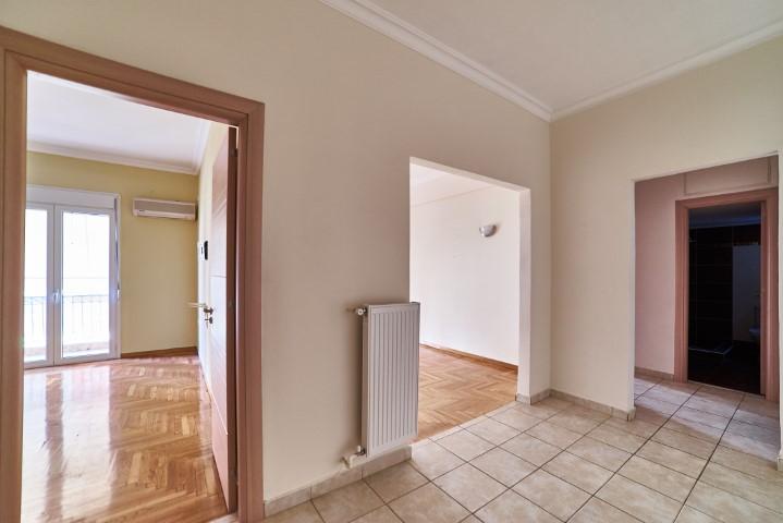2 Bedroom Apartment in Kipseli Athens